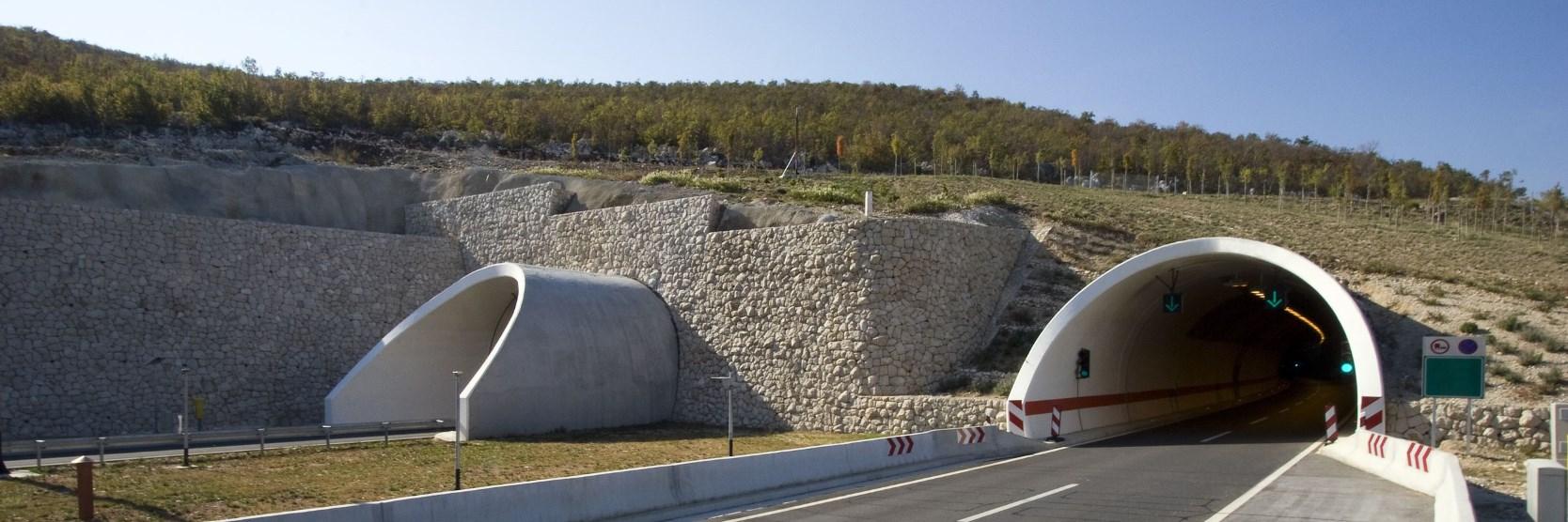 Alagút a horvát autópályán
