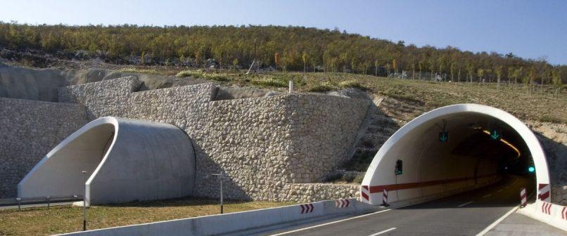 Autópálya-alagút Horvátországban